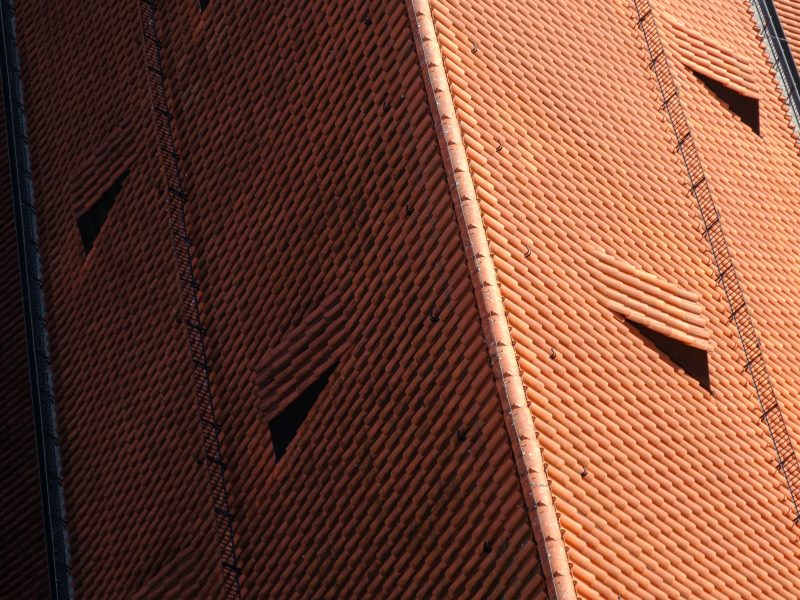 large roof tiling